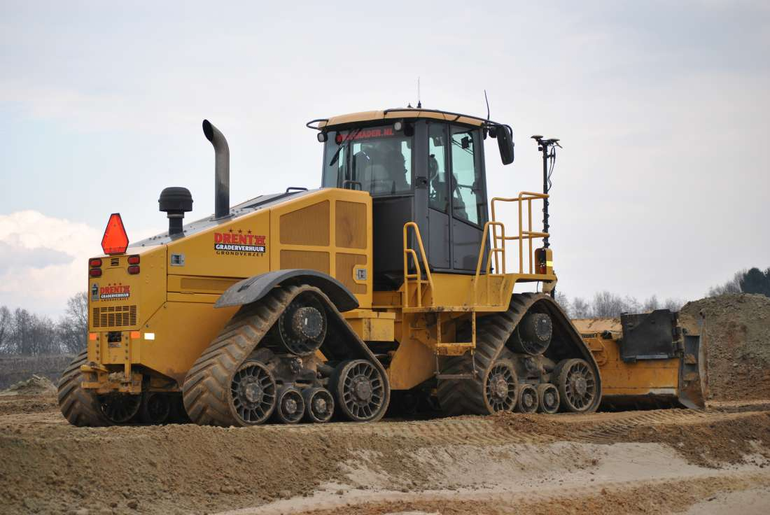 High speed dozer